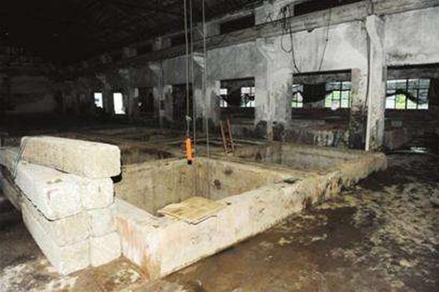 扬州一食品厂发生毒气中毒事故 4名工人生命垂危