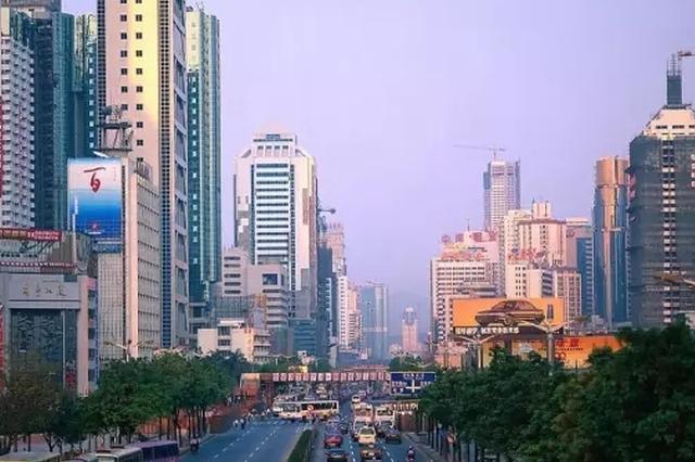 南京楼市冰与火:一套退房400人抢 有公寓卖不足2成