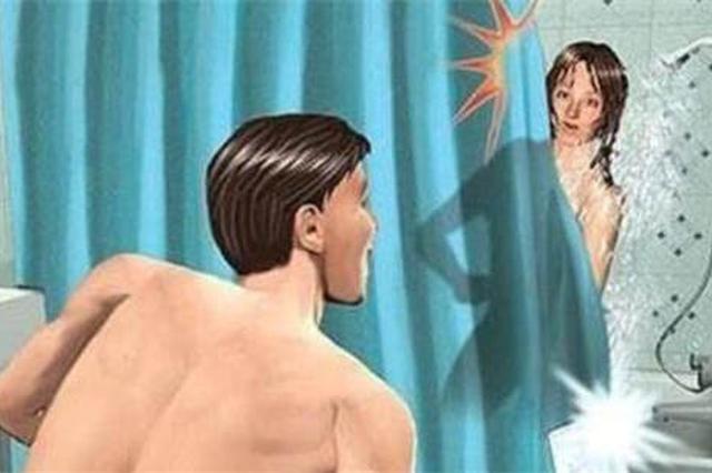 """男子偷看合租女生洗澡 借""""聊天""""之名对其猥亵"""
