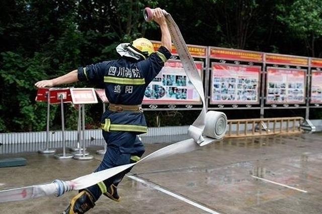 """""""我们救的不是火,是人,是生命"""" 致敬所有的消防战士们"""