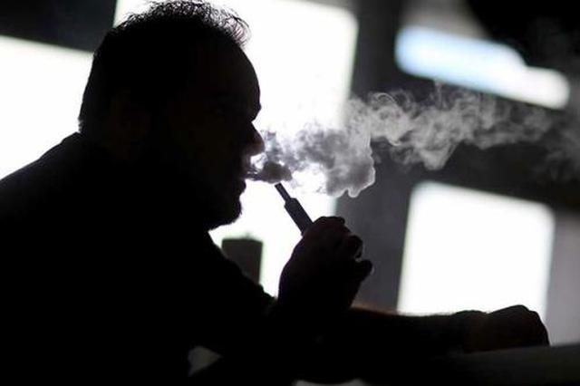电子烟爆炸碎片插入头部 38岁男子当场死亡