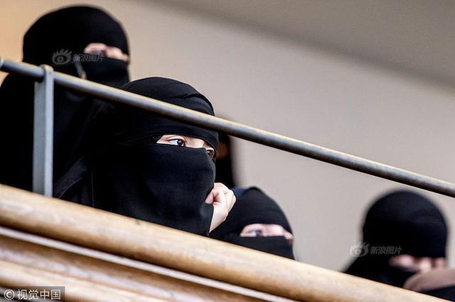 丹麦新法禁穿戴面纱罩袍惹争议