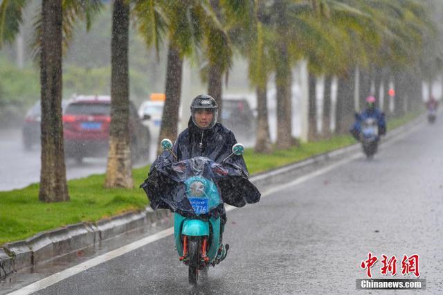 江苏省防台风Ⅳ级应急响应启动 涉水交通工程提前停业