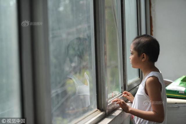 农村女孩患白血病欲捐眼角膜 出生12天时被妈妈抛弃