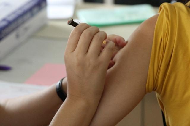 江苏出台预防接种地方标准 疫苗厂家等信息需在显眼处公示