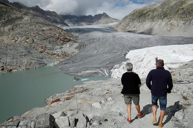 全球变暖致冰川消融加快 瑞士冰川10年前后对比图惊人