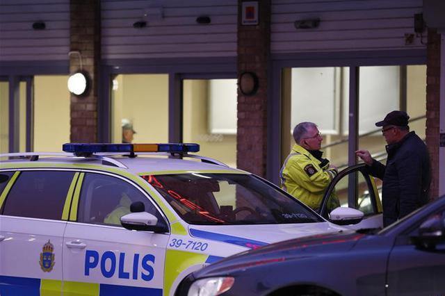 瑞典检察官回应中国游客遭粗暴对待:警方无任何过错