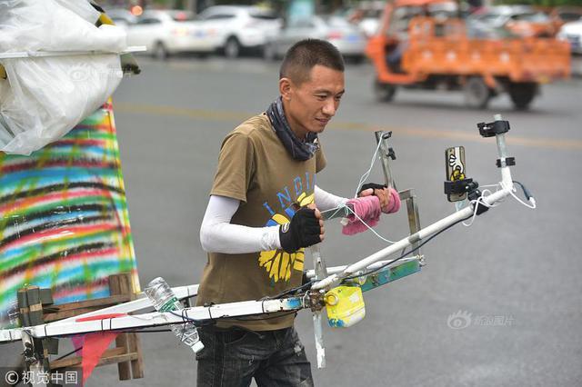 从辽宁到云南 31岁小伙徒步万里直播游中国