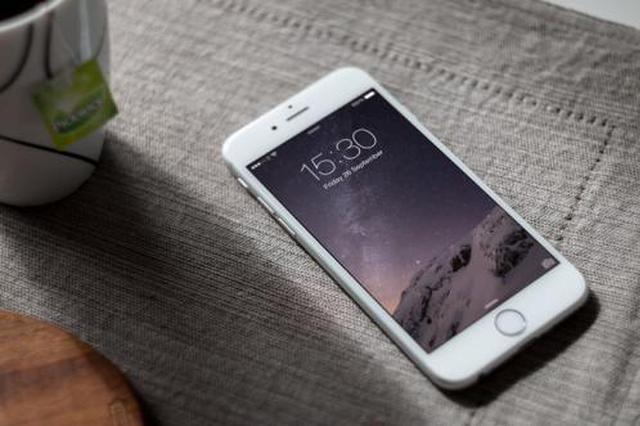 妈妈没收了她手机 15岁女孩一绝食二离家三自杀