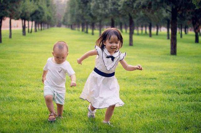 外媒称中国需要更多孩子:应增加社会支出促进生育