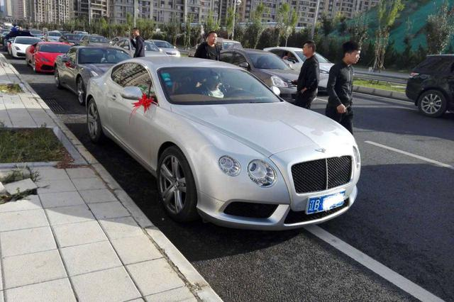 长春:为放行婚礼车队驾车拦路 3人被行政拘留