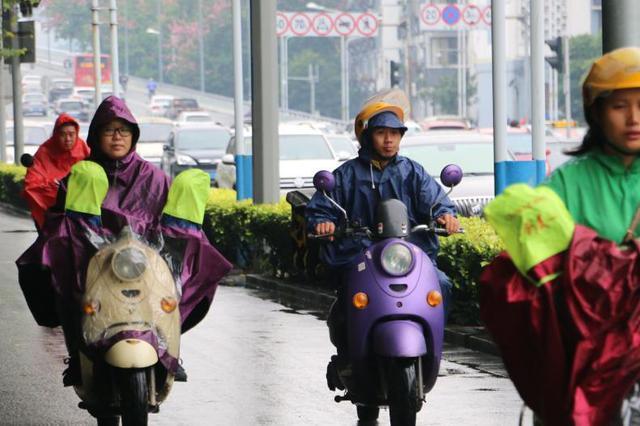 燃油助力车离禁用还剩10天 南京尚有1万多辆没去办手续