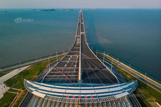 港珠澳大橋今日通車,這10件事你要知道