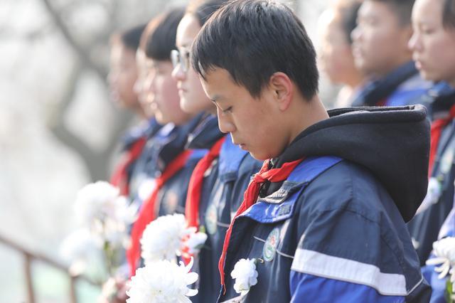 国家公祭日10点01分的南京 全城默哀一分钟