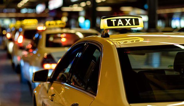 南京交通部门今年共撤销17名出租汽车驾驶员从业资格证
