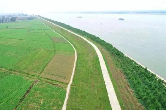 依托深水海港 南京鼓楼区建设国际航运物流集聚区