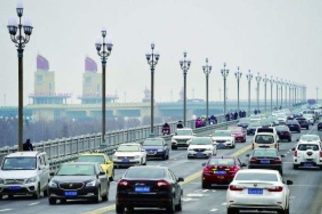 复通后的南京长江大桥为啥这么堵?