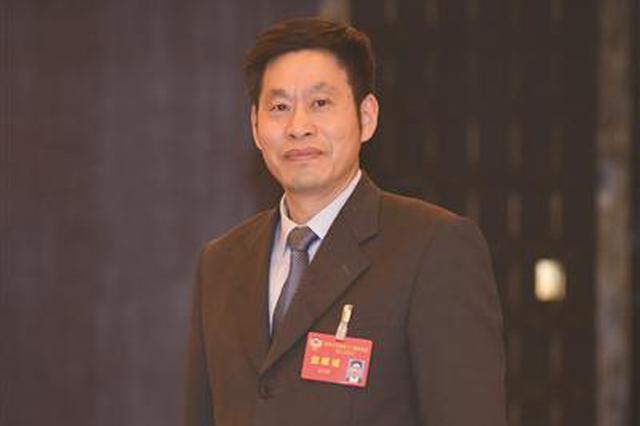 江苏省政协委员王长青:各设区市可建一所三级老年医院