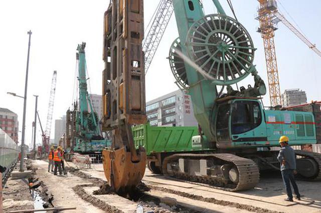 南京地铁7号线建设有新进展 东青石站深基坑开挖