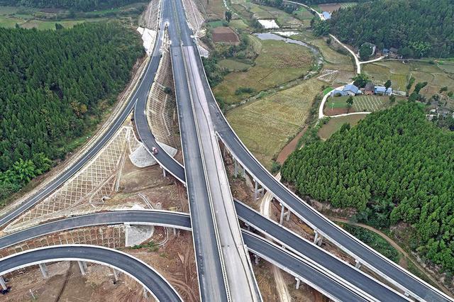 今年全省交通建设拟投资1370亿元 加快重大项目建设