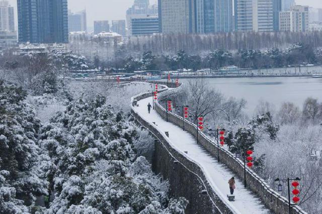 江苏全省今天仍有雨雪 12日有明显降雨
