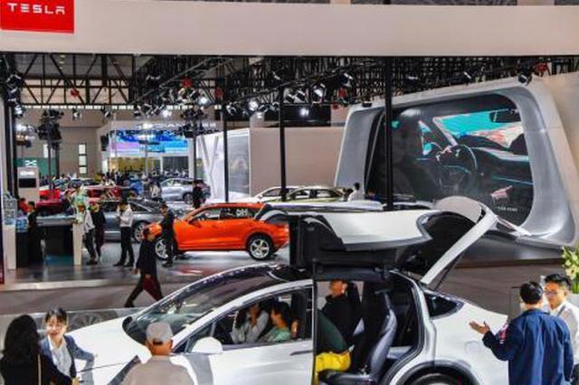 1月10日,2019(首届)海口国际新能源汽车展览会在海口开展。中新社记者 骆云飞 摄