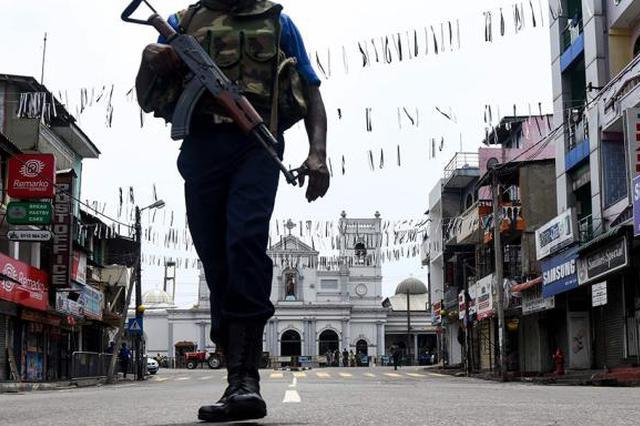 担心再次发生袭击 斯里兰卡警方令民众上交枪械刀具爆炸物
