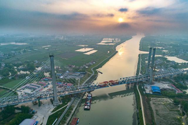 江苏公路开通首个全省路况直播站 路况服务更贴心