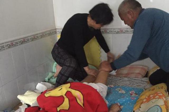 父母艰难的决定:放弃昏迷的儿子抢救儿媳;这时儿子苏醒了…