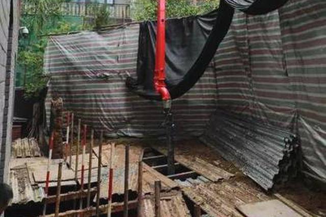 江苏常州一企业车间房顶坍塌 已致2死15伤