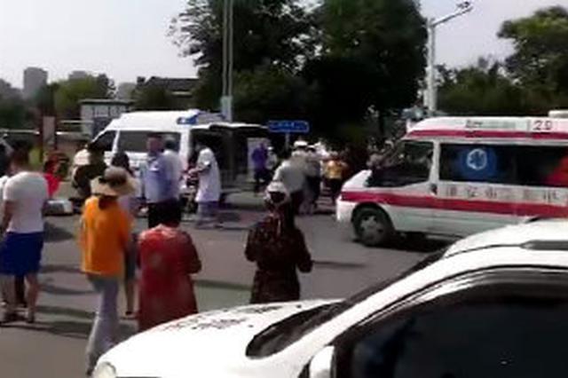 淮安疑似试驾车出车祸 造成1人死亡4人受伤