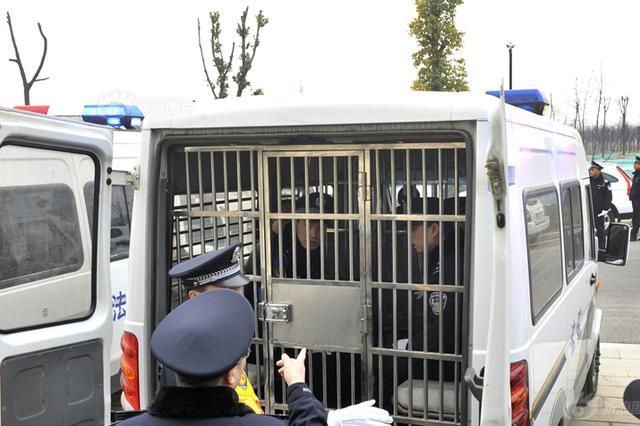 江苏一黑老大获刑21年 被害人知其被抓才敢回家