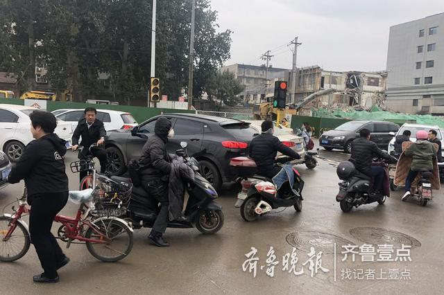 昨天开始 南京抓拍非机动车、行人交通违法