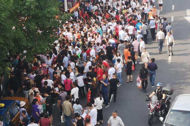 南京中招第一批次尚有学校有空额 今天上午征求志愿