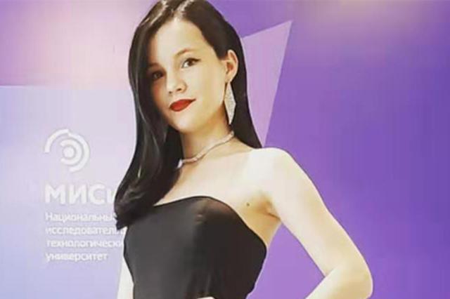 俄罗斯首次汉语高考美女学霸考满分