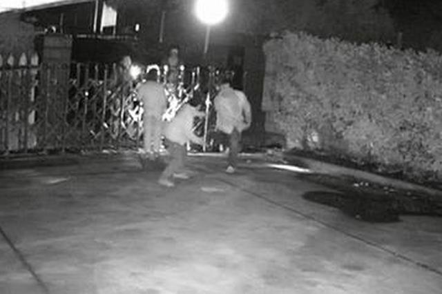 男子遭入宅追债时发病身亡 江苏一公安干警涉事被查