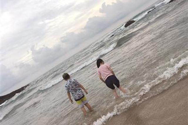 """暑假已过大半 家长多关注孩子的""""假期综合征"""""""