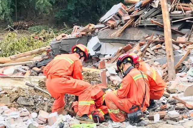 小伙台风天帮邻居修屋顶跌落离世 捐器官帮助多人
