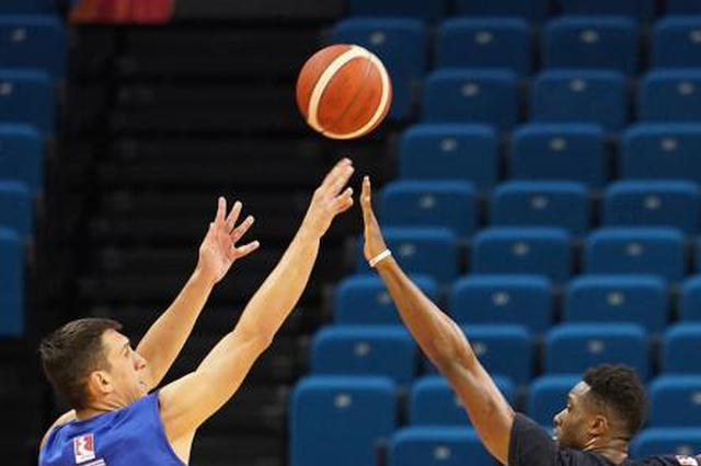 南京迎来篮球世界杯参赛球队官方训练