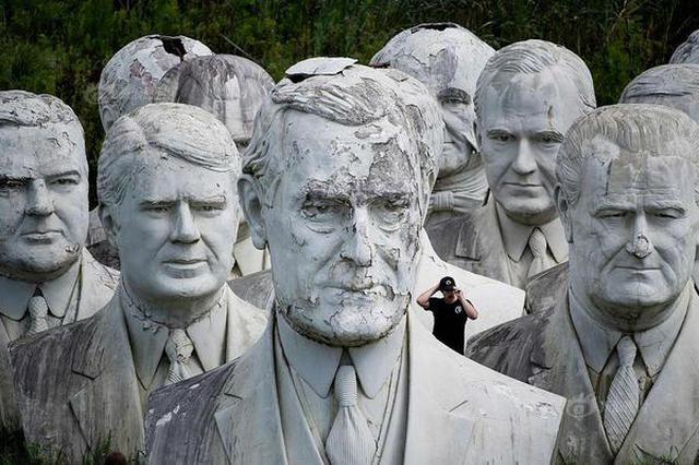 美公园立43名总统巨型半身像 现残破不堪