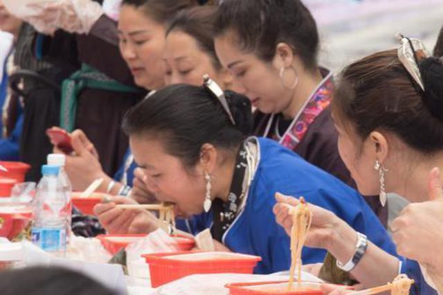 村主任连续9天设宴160桌为女操办婚事被通报