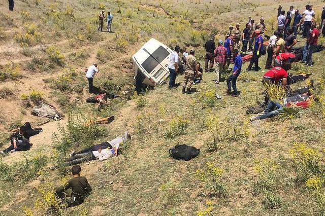 公安部交管局通报多地道路交通事故情况 深入查摆隐患风险
