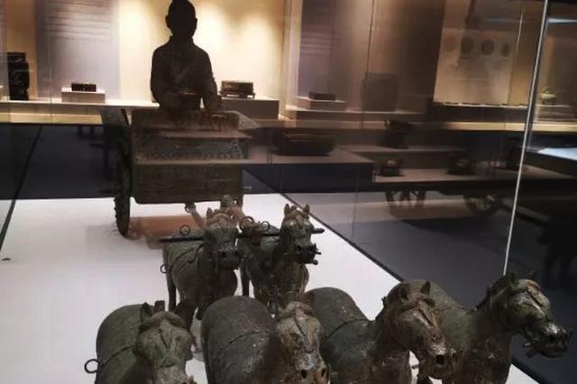重庆大学教授谈博物馆赝品争议:把藏品捐献出来就值得赞赏