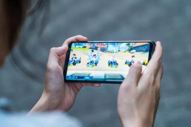 妈妈为阻止孩子玩游戏谎称手机丢失  孩子竟报警