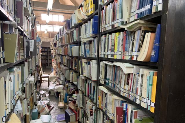 """85岁图书馆即将大修 快来""""东方最美校园""""打卡"""