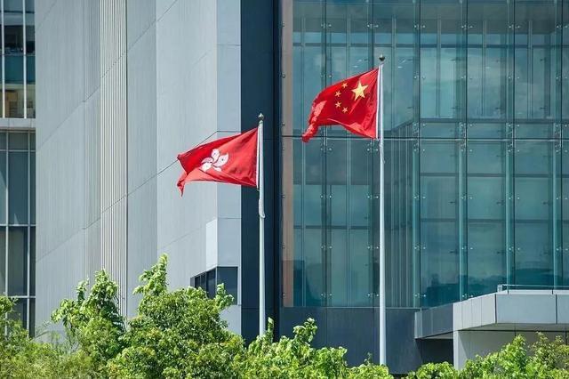 人民锐评:美国不插手 香港更繁荣