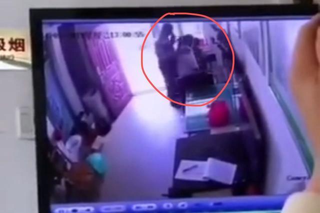 江苏沛县60岁保安在传达室猥亵小学生被刑拘