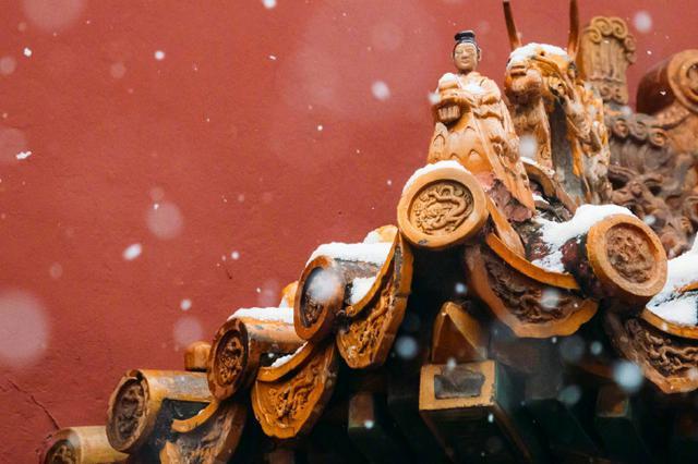 红墙白雪琉璃瓦,北京故宫的雪景有多美?