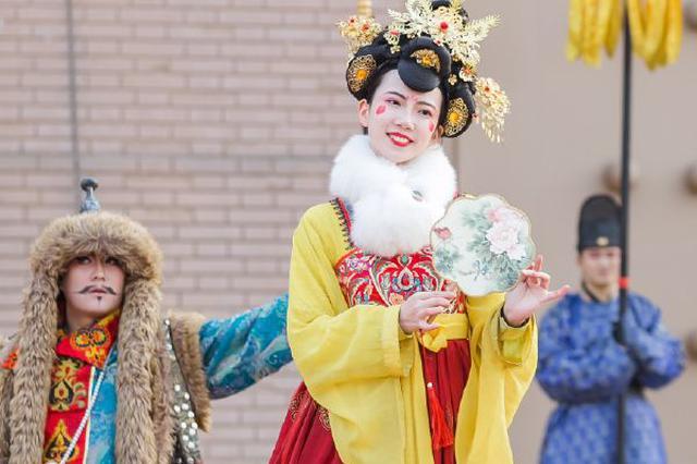 不倒翁小姐姐冯佳晨:努力用各种方式弘扬传统文化