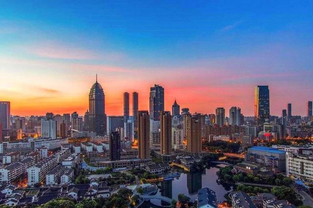 徐州去年生产总值破七千亿元 居江苏第6位